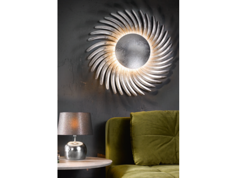 Wall LED lighting, on silver or gold leaf. Wavy rays create a beautiful interaction of light and shade on the walls.