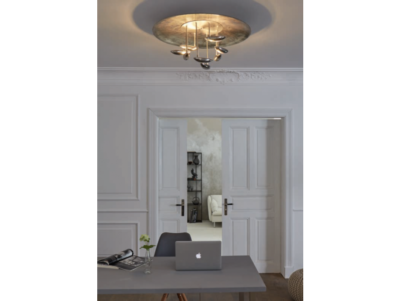 Ceiling lamp,LED technology, in nickel matt and nickel antique. It is remotely controlled and has the ability to change color temperature.